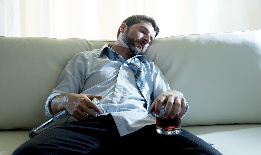 3536209033-homem-bebado1